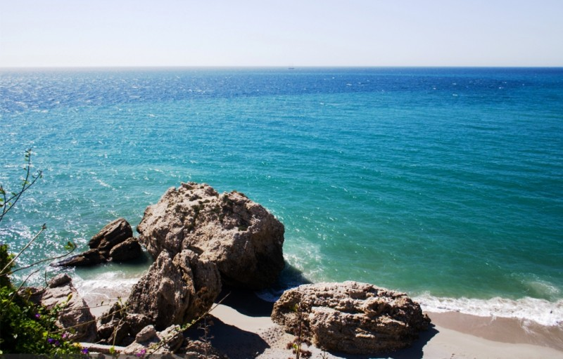 beaches-of-nerja-esp